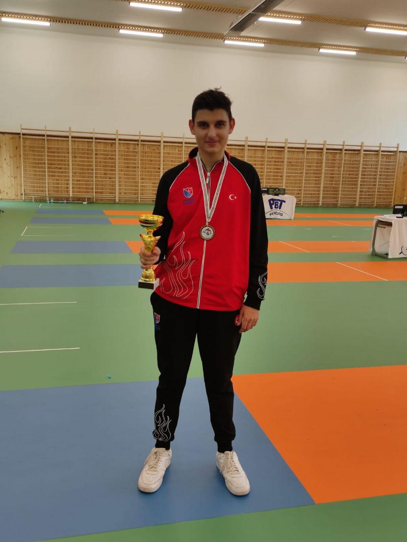 Tolga Aslan Gödöllö'de Bronz Madalya Kazandı
