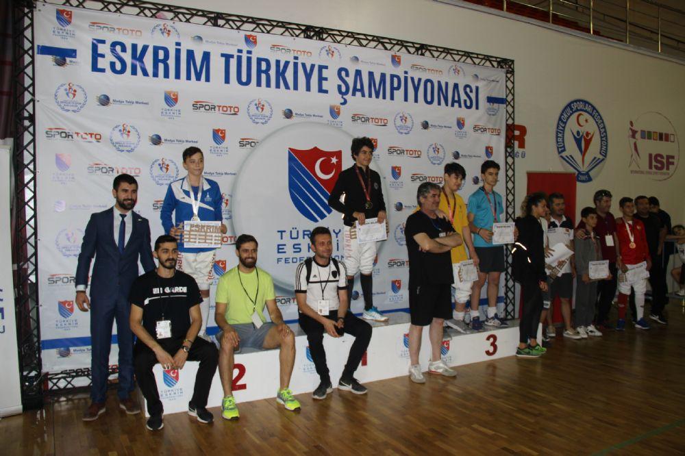 Eskrim Türkiye Şampiyonasında ferdi epe müsabakaları oynandı
