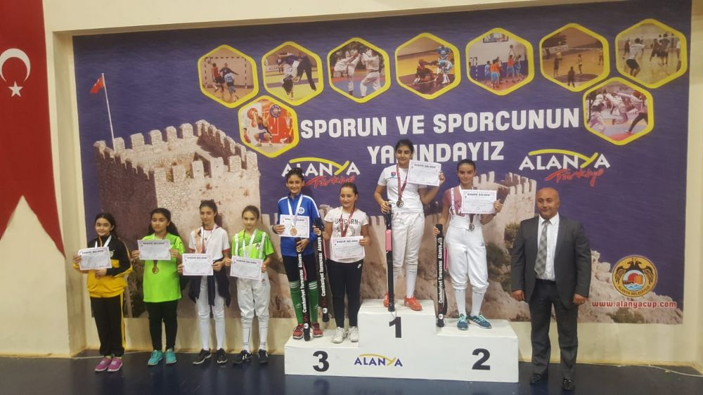 Cumhuriyet Eskrim Açık Turnuvası Alanya ilk gün sonuçları