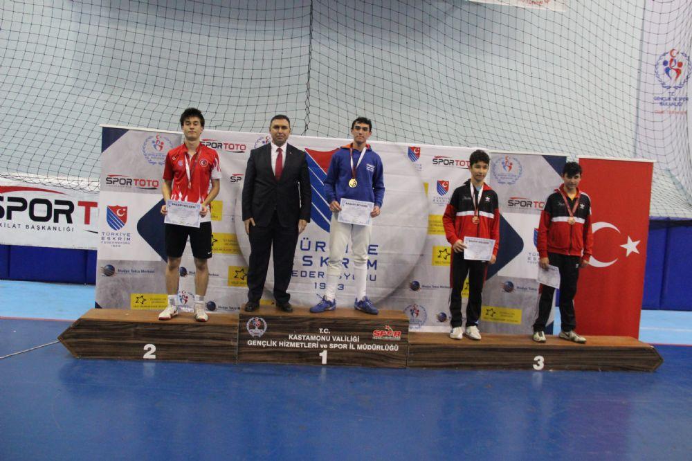 Yıldızlar Kılıç Türkiye Şampiyonası Erkekler Müsabakası Sona Erdi