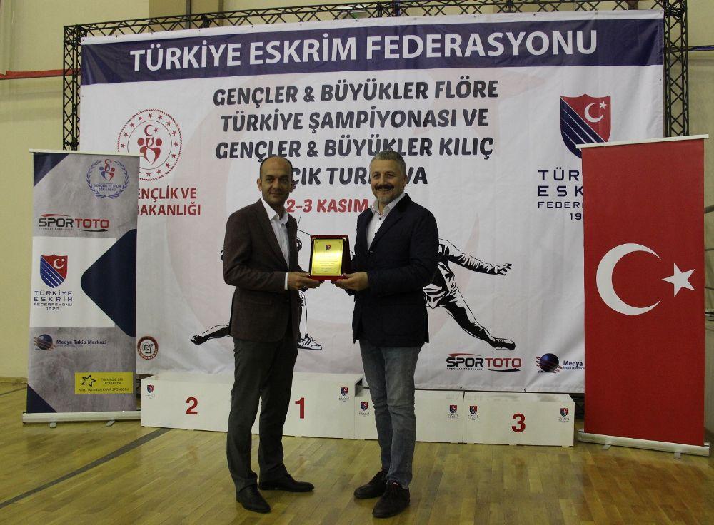 Eskrimin Kalbi Ankara'da Attı